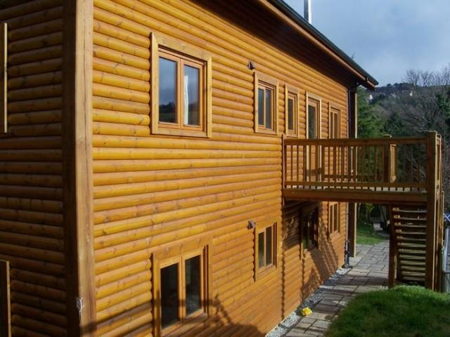 Three story fistral house cornwall north coast log for Three story log cabin