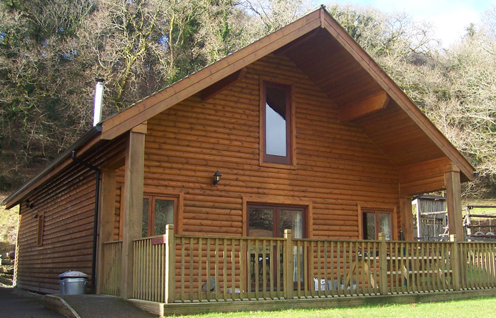The fistral north coast log cabins cornwall devon for Two storey log cabins for sale