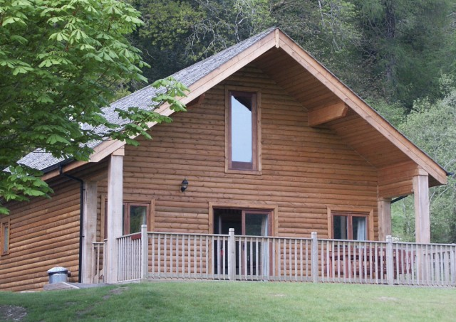 Two story house in cornwall north coast log cabins for 2 story log cabin kits